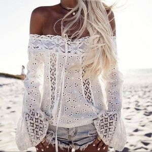 🌟Boho White 💝 Lace Off Shoulder Top Small